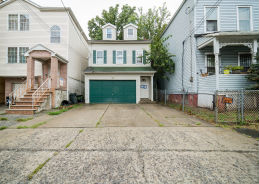 304 Court St Elizabeth, NJ 07206