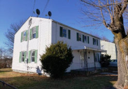 62 Hawthorne Dr New London, CT 06320