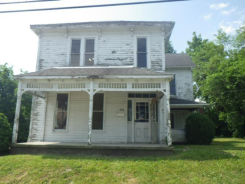 230 SHORT ST Winchester, IN 47394