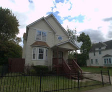 2165 E 85TH ST Cleveland, OH 44106