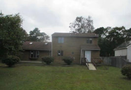 348 Hoover Ave Bayville, NJ 08721