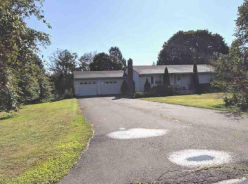 753 MAPLEVIEW DR Orange, CT 06477