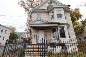 318 Grove St Newark, NJ 07103