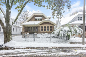 2135 S 33rd St Milwaukee, WI 53215