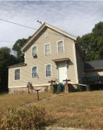 7 COUNTRY RD Bradford, RI 02808