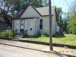 216 N 5th St Boonville, IN 47601
