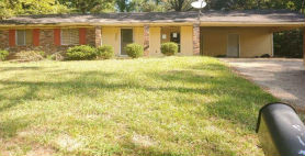1086 AUTUMN ST Jackson, MS 39212