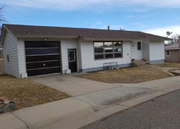 118 CIRCLE DR Thermopolis, WY 82443