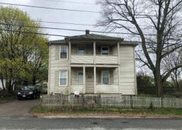 30 Newbury Ave Woonsocket, RI 02895