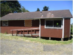 227N CAMMANN ST Coos Bay, OR 97420