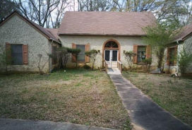 5000 Greentree Trl Atlanta, GA 30349