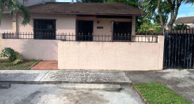 19472 NW 54th Pl Opa Locka, FL 33055