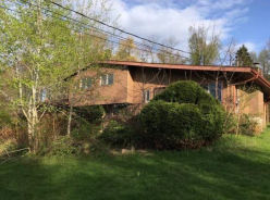 798 Apple Tree Rd Harding, PA 18643