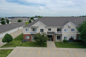 10325 ESSEX DR Johnston, IA 50131