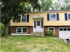 9 Murray Ln Neptune, NJ 07753