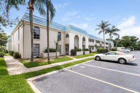 1975 W Bay Dr Unit 409 Largo, FL 33770