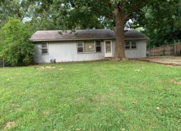 509S HUNTER ST Independence, MO 64050
