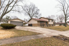 314 Herndon St Park Forest, IL 60466