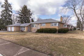 755 E 154th Pl South Holland, IL 60473